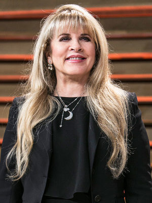 Stevie Nicks opens up about her cocaine addiction
